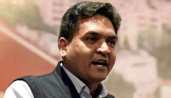 Rinku Sharma Murder: ભાજપ નેતા કપિલ મિશ્રાએ રિંકૂ શર્માના પરિવાર સાથે કરી મુલાકાત, એક કરોડની સહાયની કરી જાહેરાત, કહ્યું- આ આતંકી ઘટના