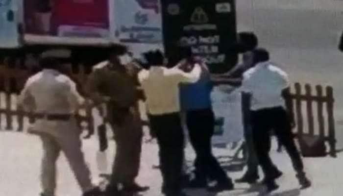 Narmada: 1000 રૂપિયા માટે દાદાગીરી કરનારા 5 પોલીસ કર્મચારીએ ગુમાવી નોકરી