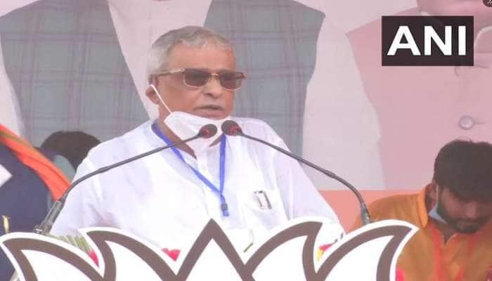 West Bengal Election 2021: 'ભારત માતા કી જય, જય શ્રી રામ' નારા લગાવી ભાજપમાં સામેલ થયા શુભેંદુના પિતા શિશિર અધિકારી