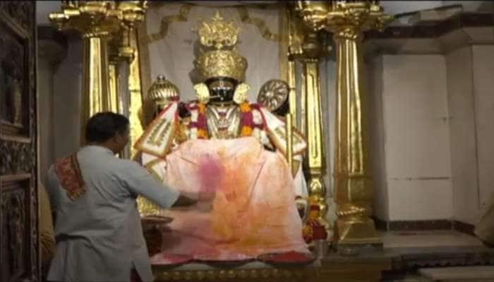 હોળી પર ઘરે બેઠા કરો ગુજરાતના પ્રખ્યાત કૃષ્ણ મંદિરોના દર્શન, Live