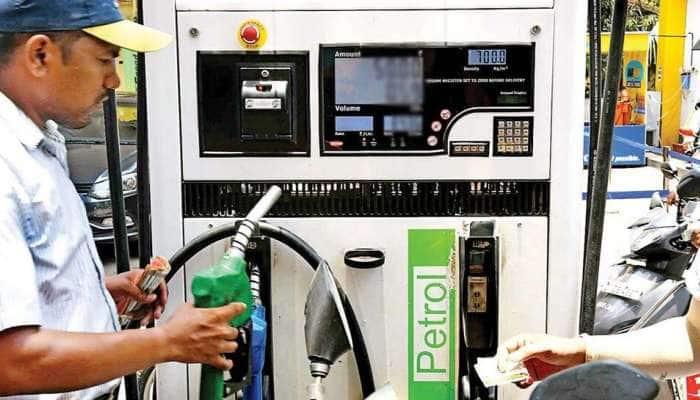 Petrol Price Today 30 March: હોળી બાદ લોકોને મળી રાહત, વળી પાછા ઘટ્યા પેટ્રોલ ડીઝલના ભાવ, જાણો લેટેસ્ટ કિંમત