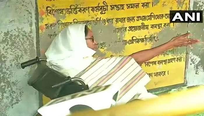 Bengal Election: યુદ્ધનું મેદાન બન્યું નંદીગ્રામ, પોલિંગ બૂથથી મમતાએ રાજ્યપાલને કર્યો ફોન, નોંધાવી ફરિયાદ