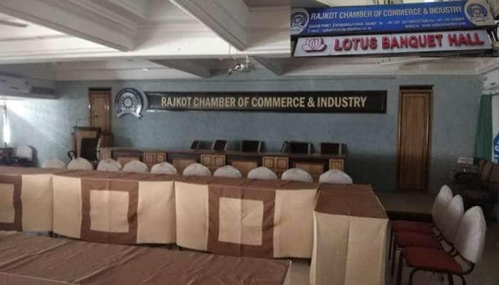 હવે ગુજરાતમાં 5 દિવસ કામ, બે દિવસ આરામ, ગુજરાત સરકારની ગંભીર વિચારણા