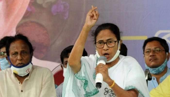 West Bengal: કૂચબિહારમાં હિંસા બાદ મતદાન રદ, મમતાએ કહ્યું- CRPF એ લાઇનમાં ઉભેલા લોકોને માર્યા