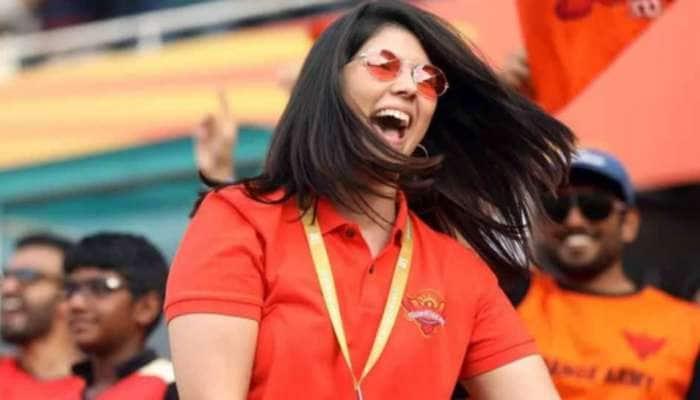 IPL 2021: આઈપીએલ મેચમાં આ બિઝનેસમેનની પુત્રી ફરી ચર્ચામાં, જાણો કોણ છે આ 'Mystery Girl'