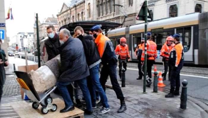 Italy: 10 વર્ષ પહેલા ચોરી થઈ હતી મૂર્તિ, રજાના દિવસે ફરવા ગયેલા પોલીસકર્મીએ શોધી કાઢી