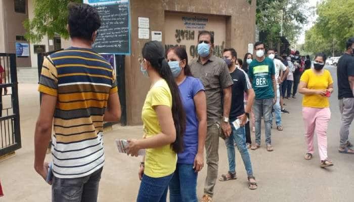 Corona vaccination: રાજ્યના યુવાનોમાં ઉત્સાહ, પ્રથમ દિવસે 55 હજારથી વધુ ડોઝ અપાયા