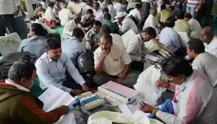 Assembly Elections 2021: Tamil Nadu ની જનતા ઇચ્છે છે પરિવર્તન, શરૂઆતી ટ્રેંડમાં DMK એ AIADMK ને આપી માત