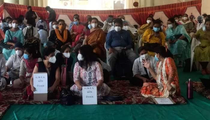 ગાંધીનગર જતા પહેલાં એસોસિએશન સાથે સંકળાયેલા ડોકટરોની મળી બેઠક, લીધો આ નિર્ણય