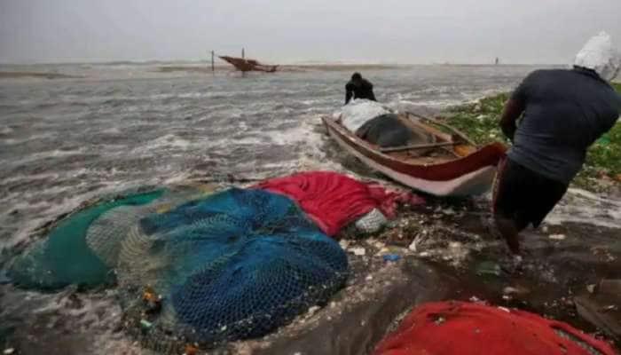 Cyclone Tauktae: કેરળ, કર્નાટક, ગુજરાત અને મહારાષ્ટ્રમાં રેડ એલર્ટ, NDRF ની ટીમ તૈનાત