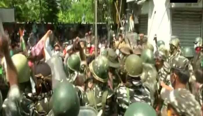 Narada sting case: ટીએમસી નેતાઓની ધરપકડ બાદ સીબીઆઈ ઓફિસ બહાર હંગામો, પોલીસનો લાઠીચાર્જ