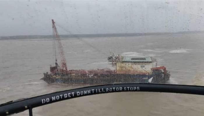 Cyclone Tauktae Rescue: 'Barge P305' જહાજમાંથી નેવીને મળ્યા 14 મૃતદેહ, હજુ 63 લોકો ગૂમ