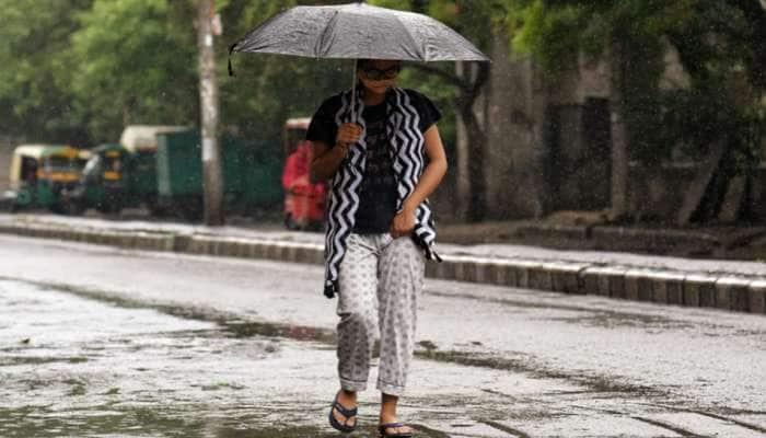 Cyclone Tauktae ની અસર, દિલ્હીમાં વરસી રહ્યો છે કમૌસમી વરસાદ, 70 વર્ષ જૂનો આ રેકોર્ડ પણ તૂટ્યો