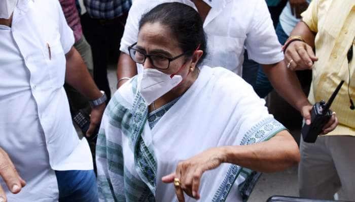 PM મોદીની DM સાથેની બેઠક પર મમતા બેનર્જીએ સાધ્યું નિશાન, કહ્યું- 'CM ને બોલવા ન દીધા'