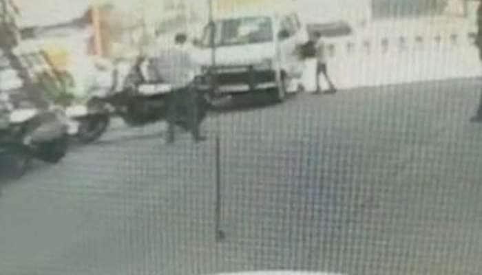 મહેસાણા 2 લાખની ચોરી, માલિકે CCTV વાયરલ થયા બાદ 21 દિવસે ફરિયાદ નોંધાવી