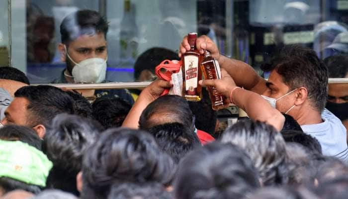 Delhi: Liquor માટે હવે દુકાન સુધી લાંબા નહીં થવું પડે, દેશી-વિદેશી દારૂ ઘરે બેઠા મળી જશે
