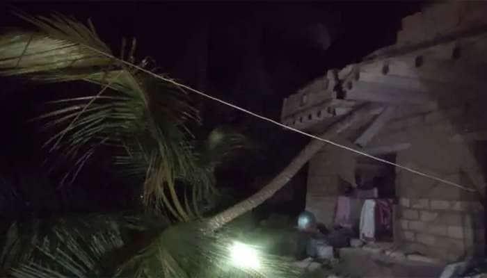 વાવાઝોડાને ગયે 17 દિવસો થઈ ગયા, પણ 75 ગામડાઓમાં હજી પણ લાઈટ નથી આવી