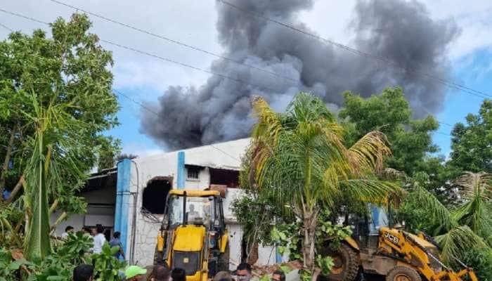 Pune: સેનેટાઇઝર કંપનીમાં ભીષણ આગ, 18 લોકોના મોત