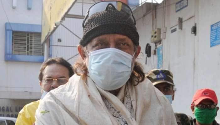 Mithun Chakraborty: આ 2 ફિલ્મી ડાયલોગના કારણે મિથુન ચક્રવર્તી મુશ્કેલીમાં? કોલકાતા પોલીસે 45 મિનિટ સુધી કરી પૂછપરછ