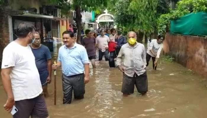 આણંદમાં ભારે વરસાદ બાદ ઘણા વિસ્તારોમાં પાણી, પાધરિયાના રહીશોની 15 વર્ષ જુની સમસ્યા
