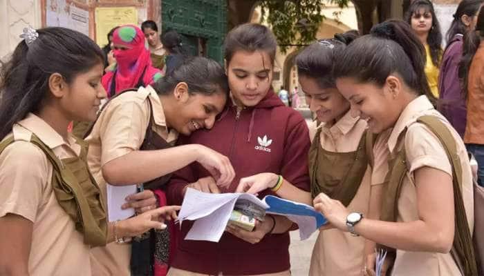 GANDHINAGAR: ધોરણ 12નું પરિણામ માન્ય ન હોય તો વિદ્યાર્થી આપી શકશે પરીક્ષા, સરકારની જાહેરાત