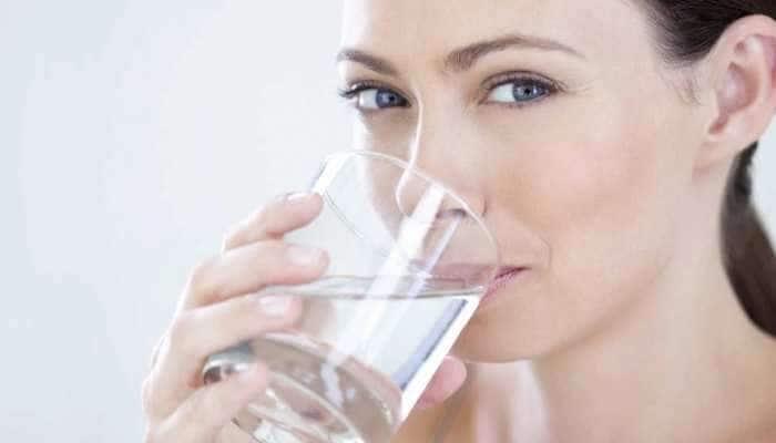 Health Tips: દિવસમાં જો 'આ' સમયે પાણી પીવાની ભૂલ ન કરતા, નહીં તો કરશે ઝેરનું કામ