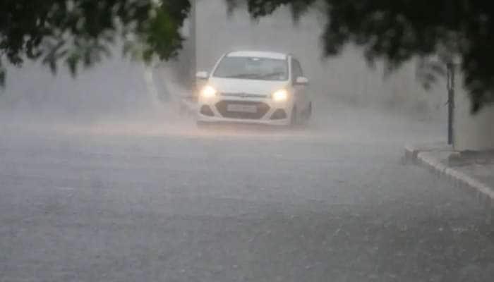 દક્ષિણમાં મેઘરાજાની તોફાની ઇનિંગ: 6 કલાકમાં મહુવામાં 4 તો બારડોલીમાં 6 ઇંચ વરસાદ