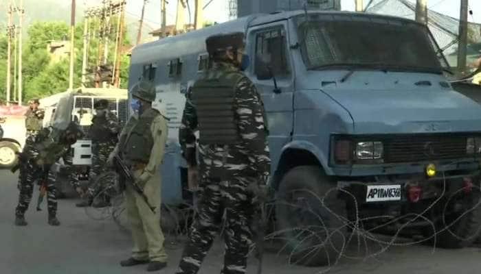 Jammu Kashmir: આતંકીઓએ CRPF ના બંકર પર કર્યો ગ્રેનેડ હુમલો, 3 નાગરિકોને ઈજા