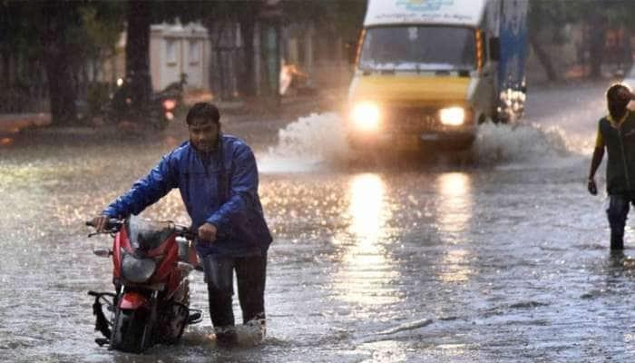 રાજ્યમાં આગામી 24 કલાકમાં સૌરાષ્ટ્ર અને દક્ષિણ ગુજરાતમાં ભારે વરસાદની આગાહી
