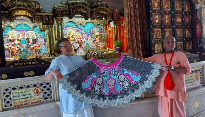 Surat: ઈસ્કોન મંદિરે વૃંદાવનથી આવી પહોંચ્યા ભગવાન જગન્નાથજીના વાઘા, હિન્દુ-મુસ્લિમ એકતાનું પ્રતીક