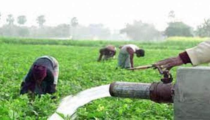 ગુજરાતમાં વરસાદ ખેંચાતા સરકારે કરી ખેડૂતોના ફાયદાની જાહેરાત