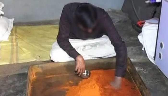 નડીયાદ GIDC ખાતે ફૂડ એન્ડ ડ્રગ્સ તંત્રના દરોડા, રૂપિયા 6.18 લાખનો જથ્થો જપ્ત