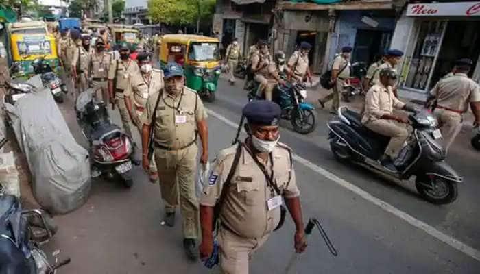 Rathyatra :સોમવારે અમદાવાદના આ 8 વિસ્તારોમાં કરફ્યૂ લગાવાયો, પોલીસે બહાર પાડ્યું જાહેરનામુ