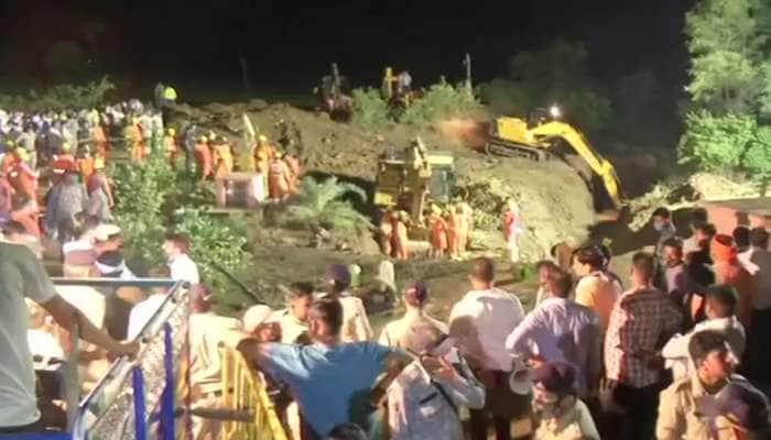 MP: વિદિશામાં મોટી દુર્ઘટના, 50 ફૂટ ઊંડા કૂવામાં પડ્યા બે ડઝનથી વધુ લોકો, ચારના મોત