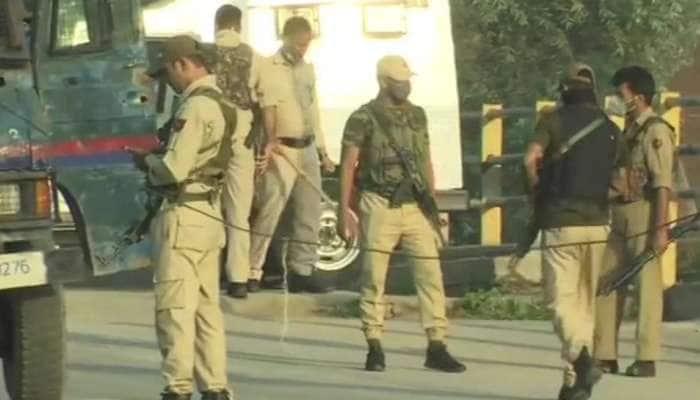 Jammu-Kashmir: શ્રીનગરમાં સુરક્ષાદળોને મળી મોટી સફળતા, અથડામણમાં 2 આતંકીઓનો સફાયો