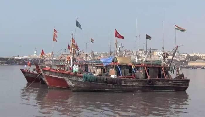 Junagadh: કરોડોની હુંડીયામણ લાવી આપતો ઉદ્યોગ ડીઝલમાં ભાવ વધારાને કારણે મરણપથારીએ