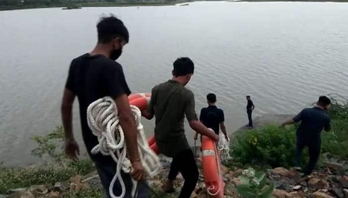 BHAVNAGAR: એક મિત્ર પાણીની બોટલ ભરતા ડુબ્યો, બીજો બચાવવા જતા ડુબ્યો