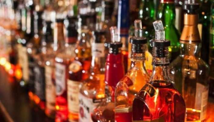 Liquor Price Hike: દારૂ થયો મોંઘો, નવો ભાવ જાણીને પીધા વિના જ આવી જશે ચક્કર!