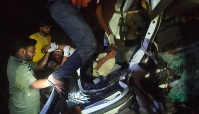 Ahmedabad-Vadodara Express Highway પર ટ્રક અને આઇસર વચ્ચે અકસ્માત, બેના મોત
