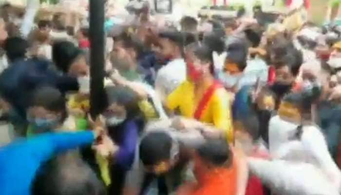 MP: ઉજ્જૈનના મહાકાલેશ્વર મંદિરથી આવ્યા એક હચમચાવી નાખે તેવા સમાચાર, જુઓ Video