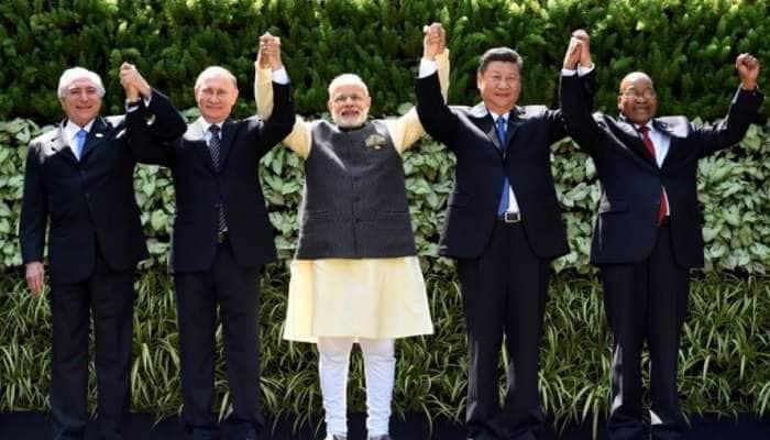 PM Modi કોને કરતા હતા પોતાના મનની વાત! દુનિયાના દેશોના રાષ્ટ્ર પ્રમુખો કેમ મોદીને માને છે Best Friend?