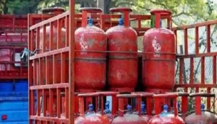 LPG ગેસ સિલિન્ડરના બુકિંગ પર મેળવો 2700 કેશબેક, જાણો કઈ રીતે ઉઠાવશો આ ઓફરનો લાભ