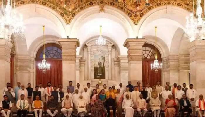 212 લોકસભા ક્ષેત્ર, 19567 કિમીની યાત્રા, 16 ઓગસ્ટથી જન આશીર્વાદ લેવા નિકળશે BJP ના નવા મંત્રી