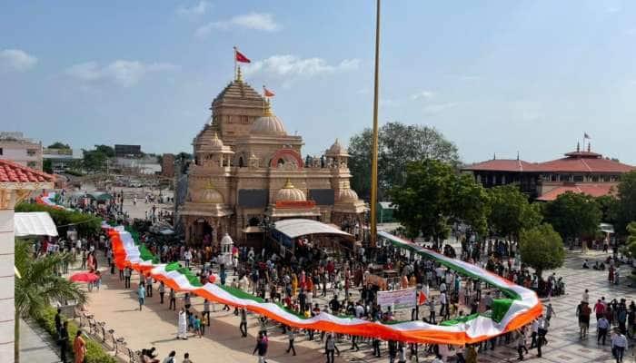 સાળંગપુરમાં હનુમાનદાદાએ પહેર્યાં દેશભક્તિના વાઘા, જુઓ Photos