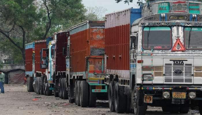 વલસાડમાં ચાલતું હતું ટ્રકનું એવડુ મોટુ કૌભાંડ કે, ગુજરાતના અડધો અડધ ટ્રક બિનકાયદેસર ઠરે તો નવાઇ નહી