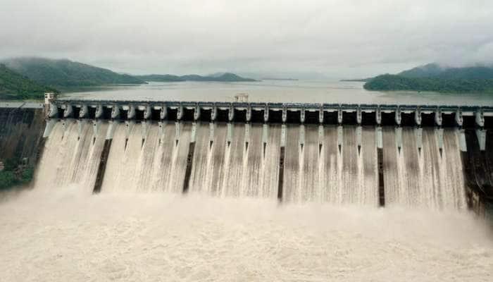 ભારે વરસાદને કારણે સરદાર સરોવર ડેમની સપાટીમાં વધારો, આટલા ક્યૂસેક પાણી છોડાયું