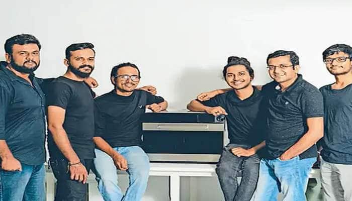 ગુજરાતી યુવકોનું અનોખું સ્ટાર્ટઅપ,હાથ અડાડ્યા વગર મશીનમાં બને છે 120 પ્રકારની રેસિપી