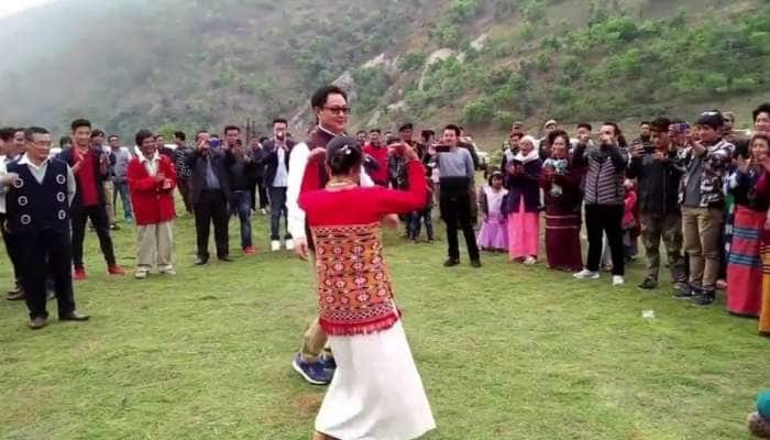 Rijiju Traditional Dance: અરૂણાચલ પ્રદેશમાં ગ્રામજનો સાથે કિરણ રિજિજૂએ કર્યો ડાન્સ, વીડિયો વાયરલ, PM મોદીએ કરી પ્રશંસા