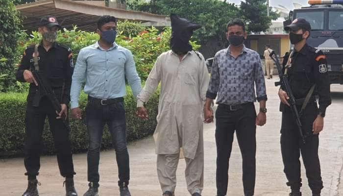 Ahmedabad: બાર વર્ષે બાતમીદાર બોલ્યો અને ગુજરાત એટીએસએ કાશ્મીરથી ઝડપી પાડ્યો ડ્રગ્સનો આરોપી
