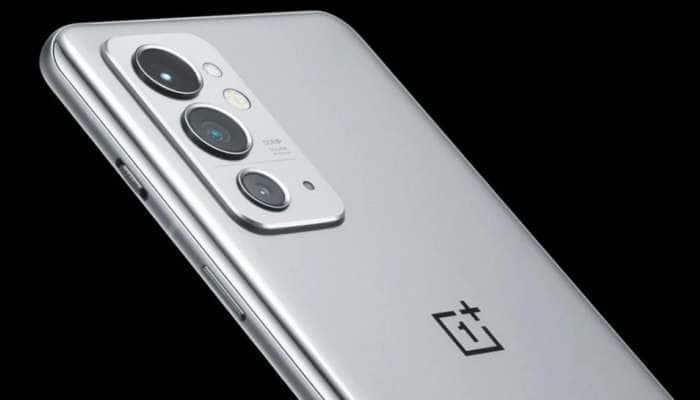 OnePlus નો ધમાકેદાર સ્માર્ટફોન માર્કેટમાંઆવી રહ્યો છે! લોન્ચિગ પહેલાં જ લોકો થઈ રહ્યાં છે દિવાના!